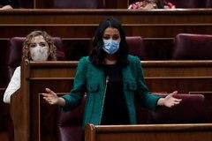 La líder de Ciudadanos, Inés Arrimadas, durante su intervención en la sesión de control al Ejecutivo del Congreso.