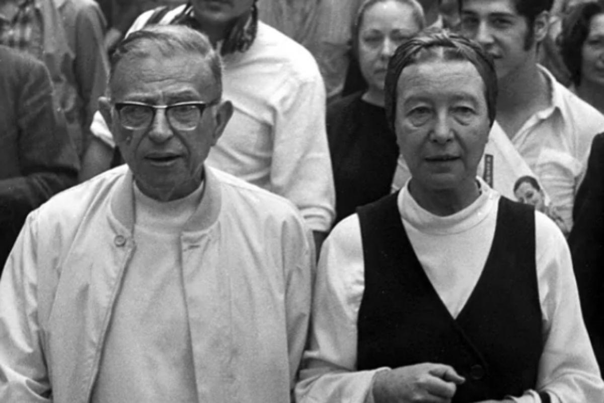 Sartre y Simone de Beauvoir, quienes mantuvieron una relación durante 50 años, aunque nunca se casaron.