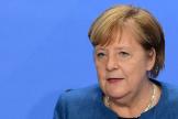 La canciller, Angela Merkel, anuncia medidas tras reunirse con los presidentes regionales, en Berlín.