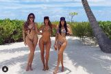 Las hermanas Kardashian presumen de curvas