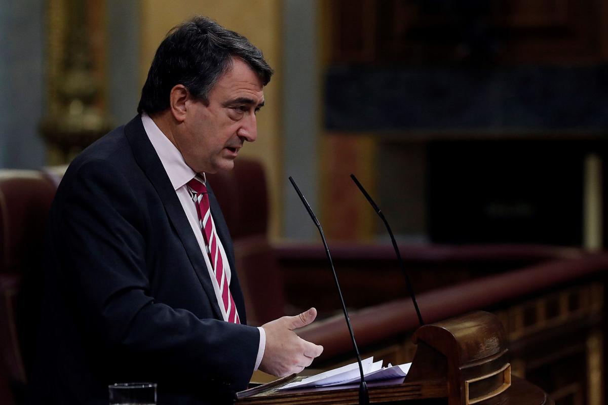 El portavoz parlamentario del PNV, Aitor Esteban, este jueves, en el Congreso.