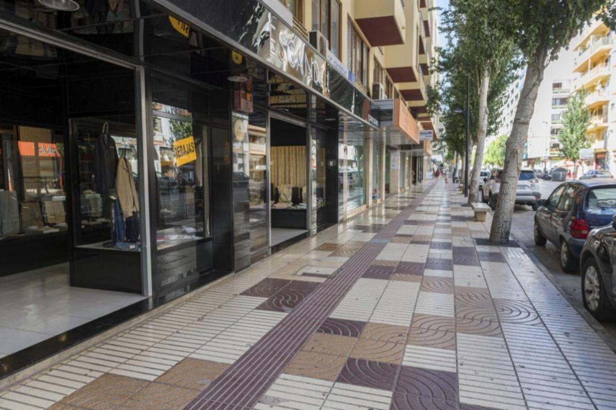 Calles y comercios de Ibiza durante la pandemia.