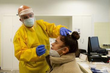 Los expertos alertan del mal uso de los test de antígenos