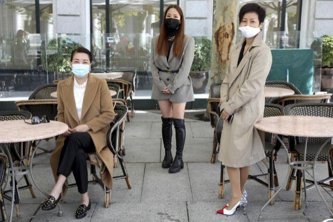 De izda. a dcha.: María Li Bao, Paloma Fang y Nieves Ye.