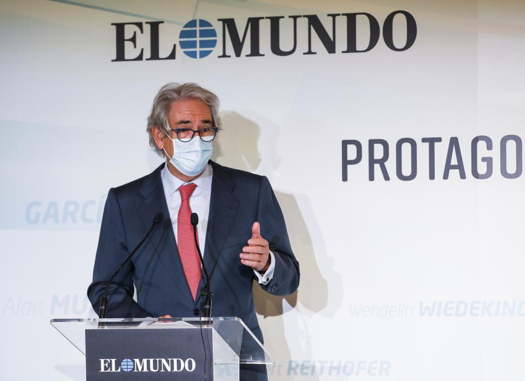 El presidente de Unidad Editorial, Antonio Fernández-Galiano, durante su intervención.