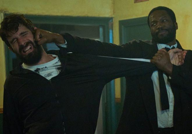 Imagen de la espectacular y violenta pelea del primer capítulo.