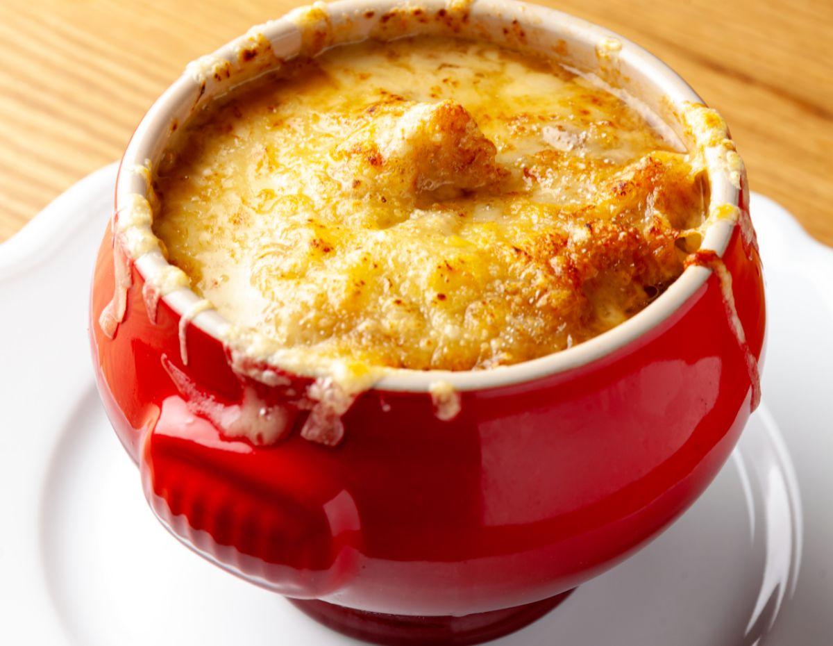 Sopa de cebolla, de Le Bistroman Atelier.
