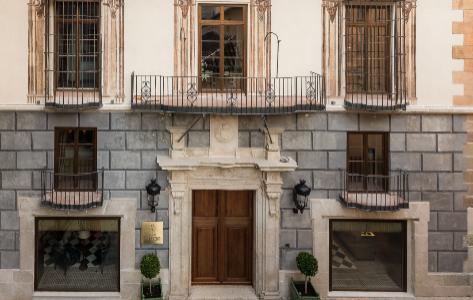 Fachada del histórico edificio en el centro de Málaga.