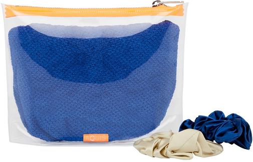 El turbante clásico de Aquis, en tono azul.
