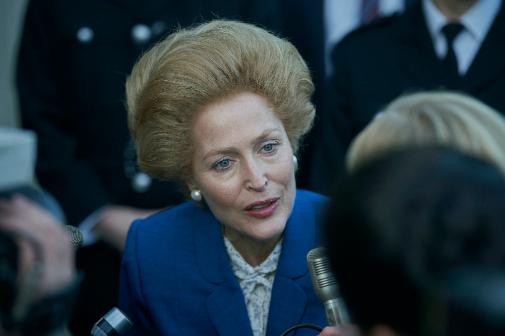 Gillian Anderson da vida a Margaret Thatcher, a quien un político ruso bautizó como la Dama de Hierro.