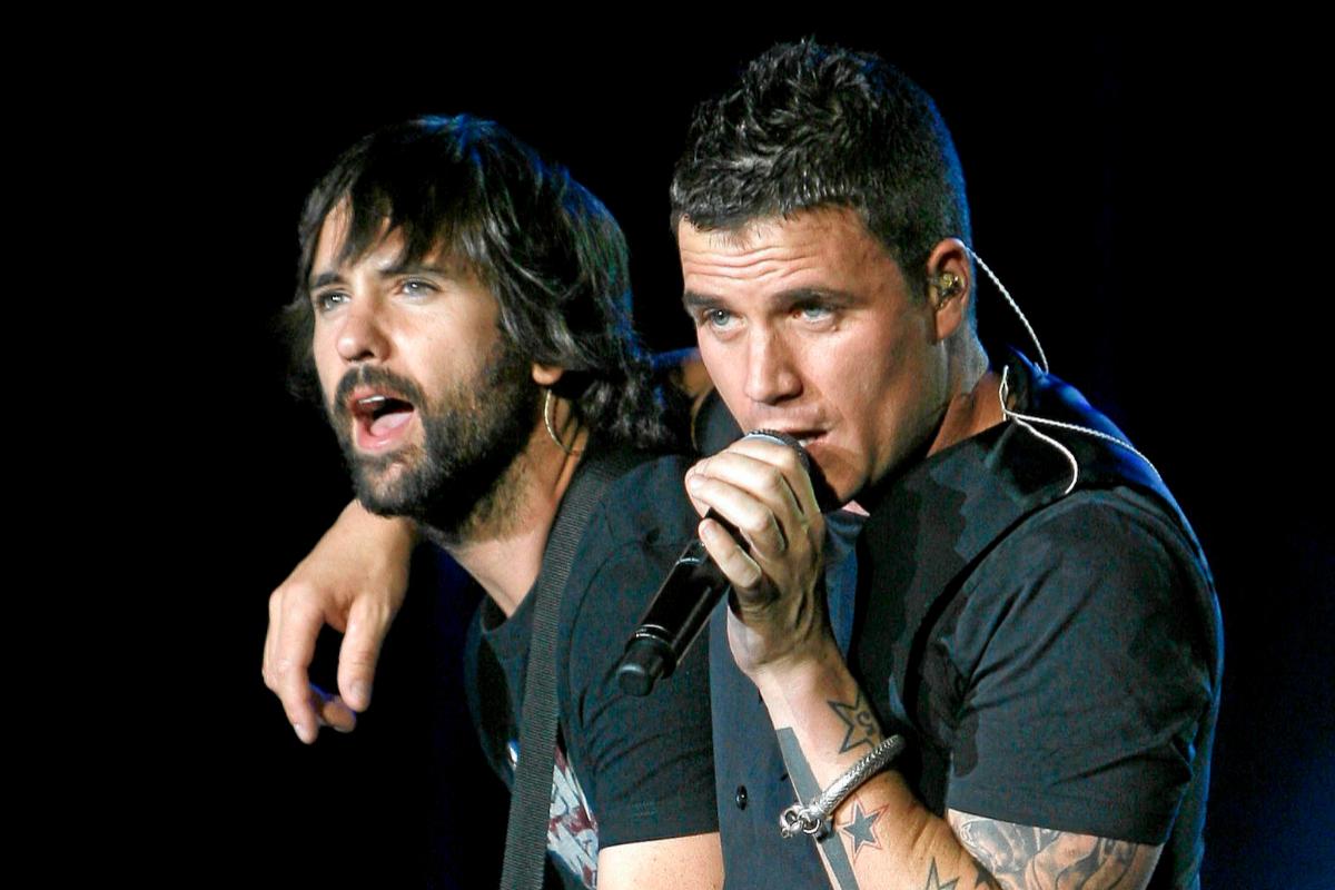 Dani Martín y David Otero en un concierto cuando formaban parte de ECDL
