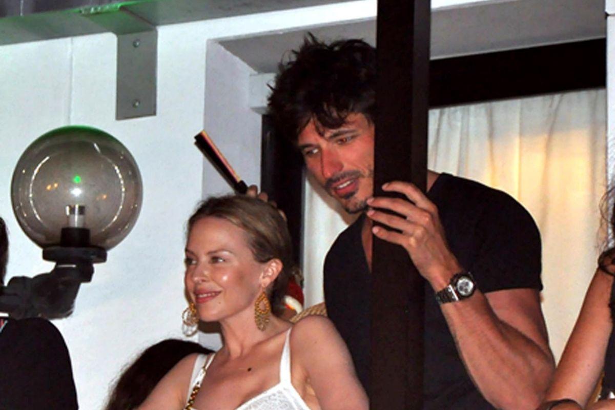 Con el modelo español Andrés Velencoso, con quien estuvo saliendo entre 2008 y 2013.