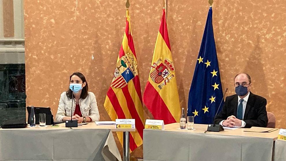 Reyes Maroto y el presidente de Aragón, Javier Lambán, en conferencia de prensa.