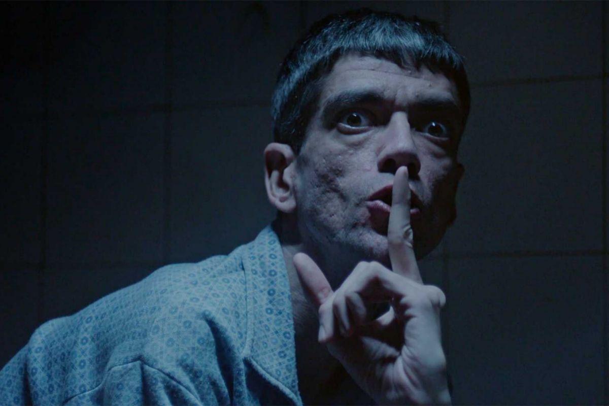 Javier Botet en 'Amigo'.