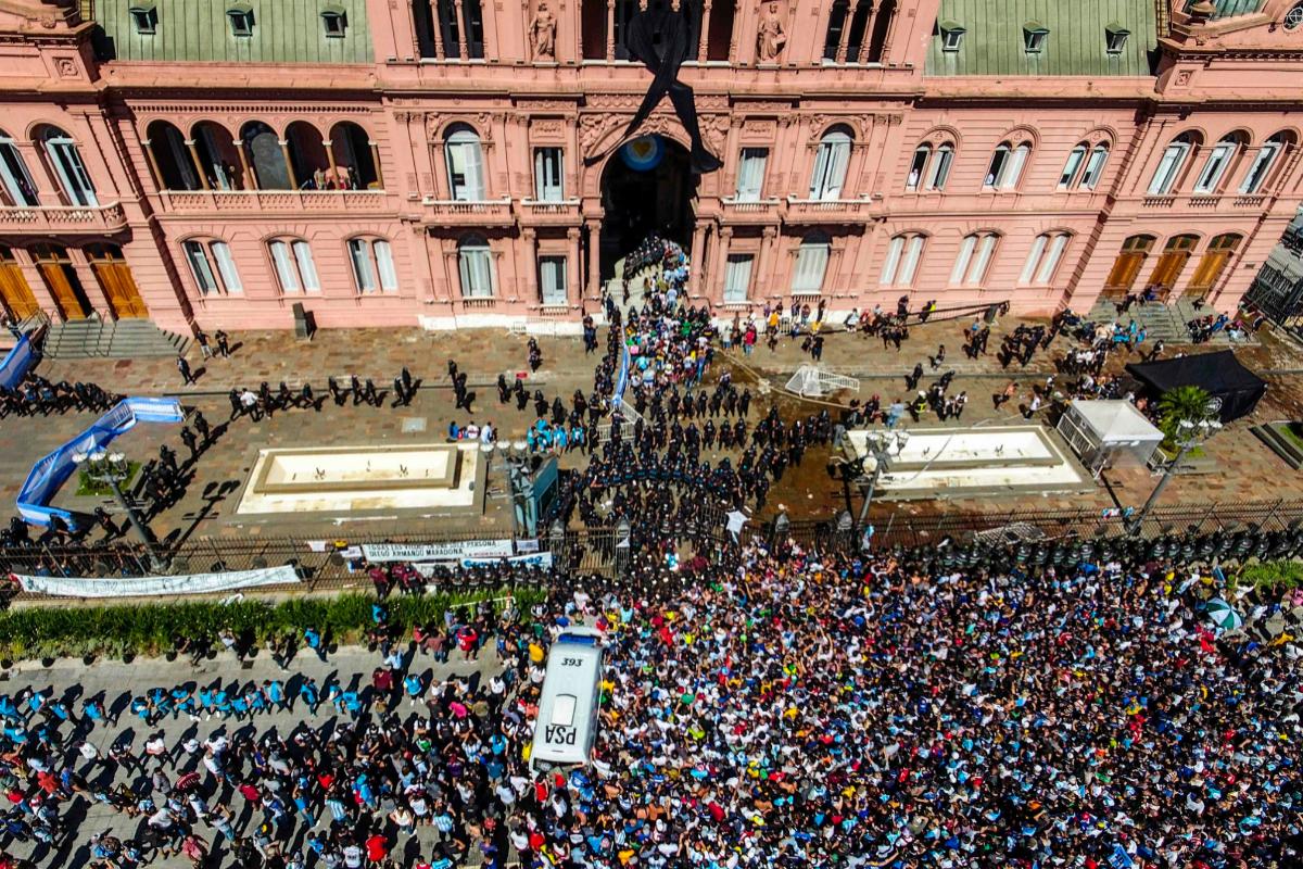 Toma aérea de la Casa Rosada.