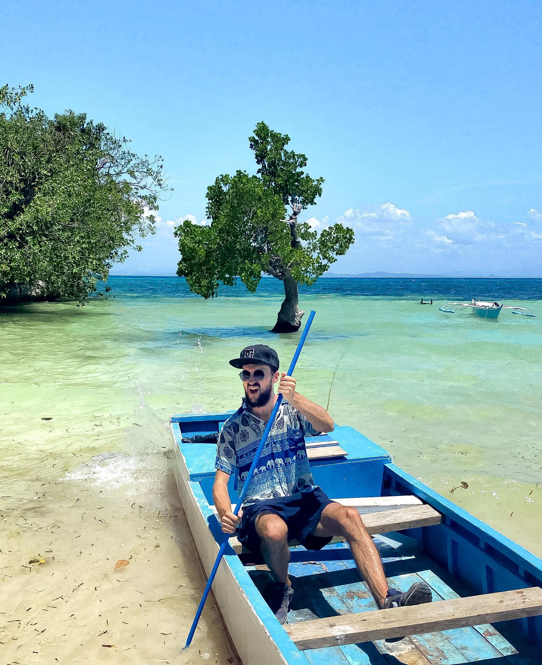Adrián Esteban en Malapascua, Filipinas.