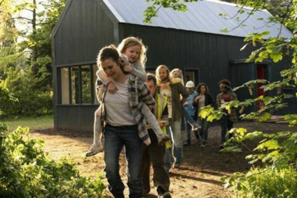 Una escena de de 'Volver a empezar' con Clare Dunne.