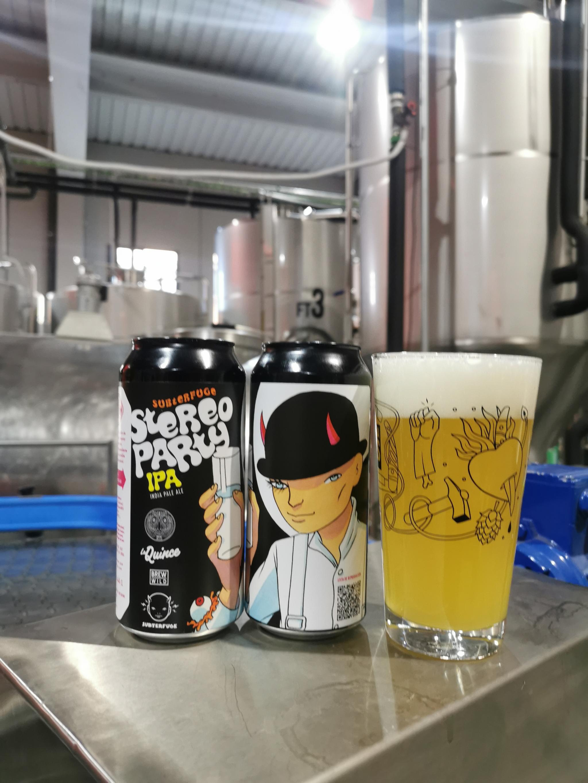 Stereoparty, cerveza de presentación de la colección, es una IPA clásica, amarga pero fácil de beber