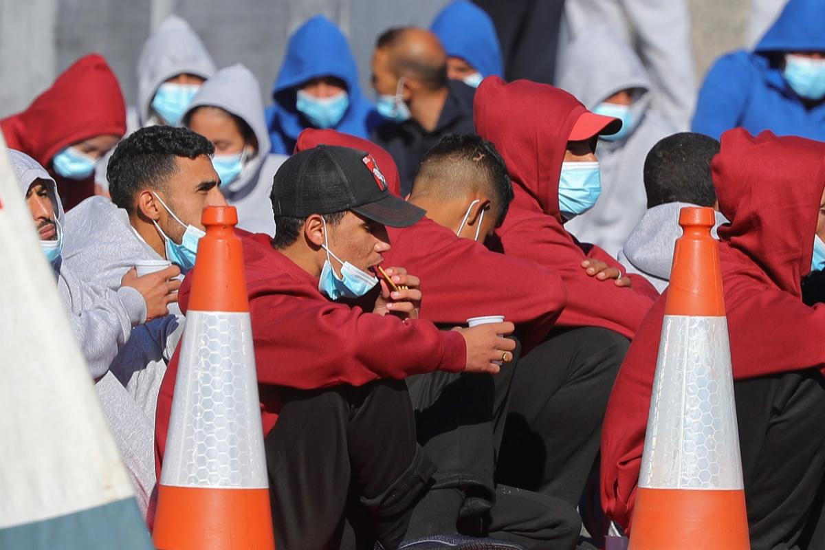 Llegan a Canarias 232 inmigrantes este domingo