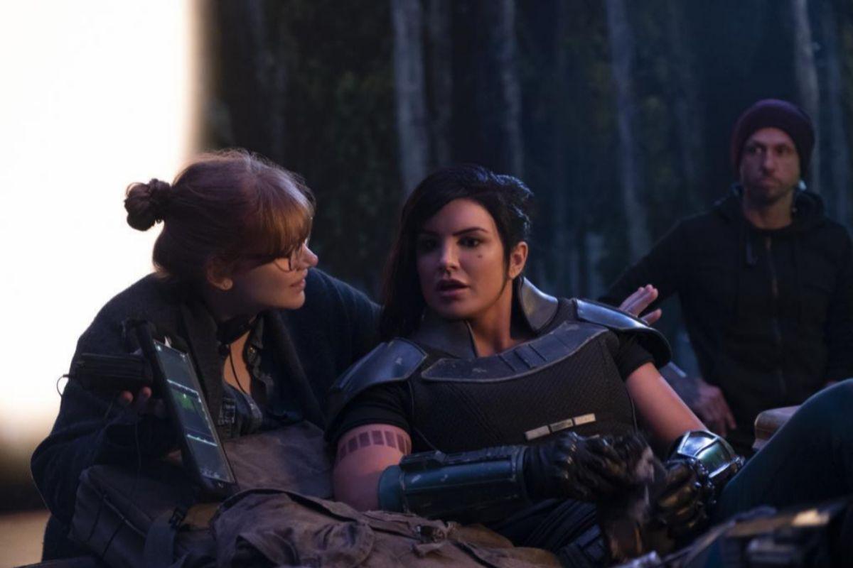 Bryce Dallas Howard y Gina Carano en el rodaje de 'The Mandalorian'.