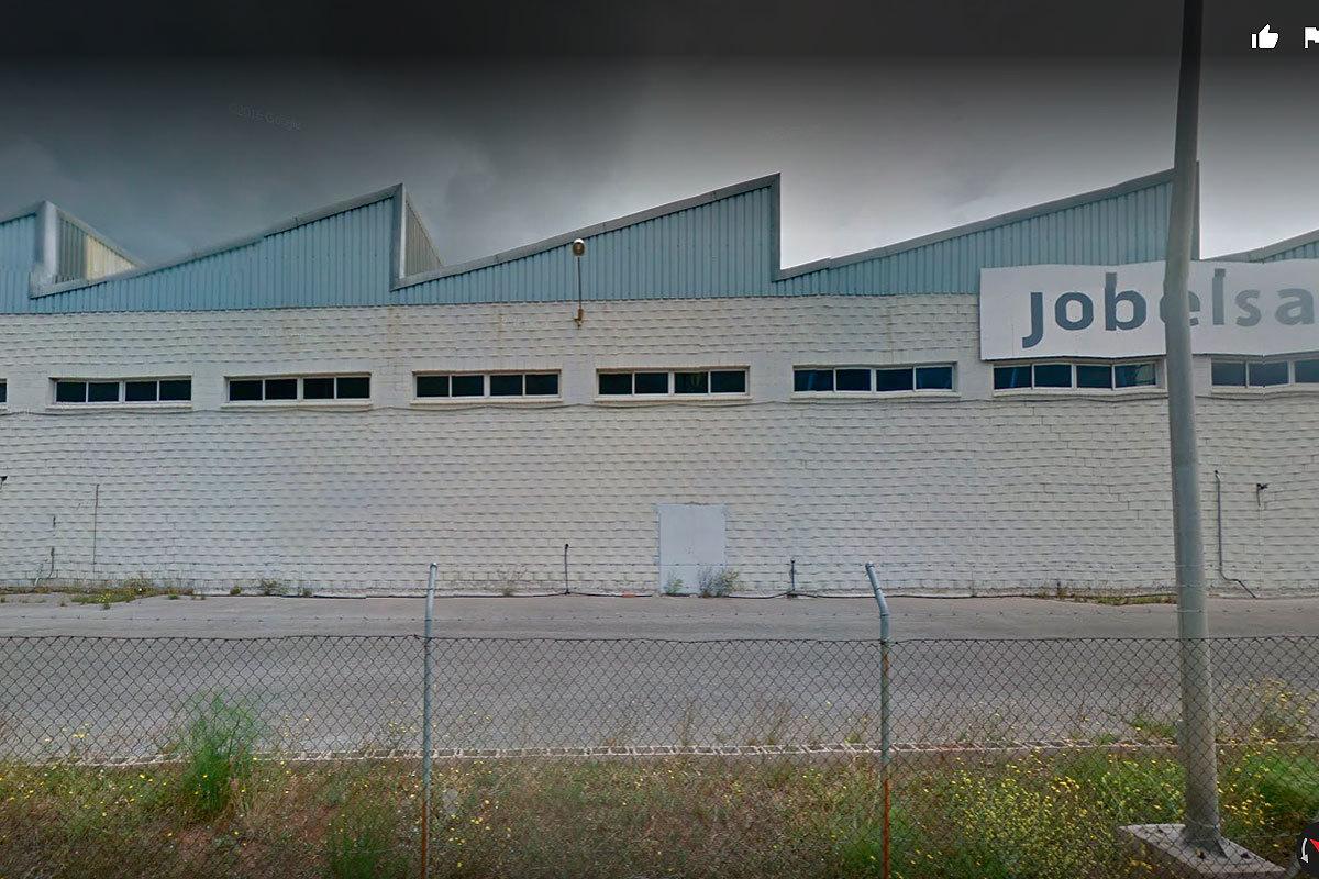 Exterior de una de las factorías de Jobelsa.