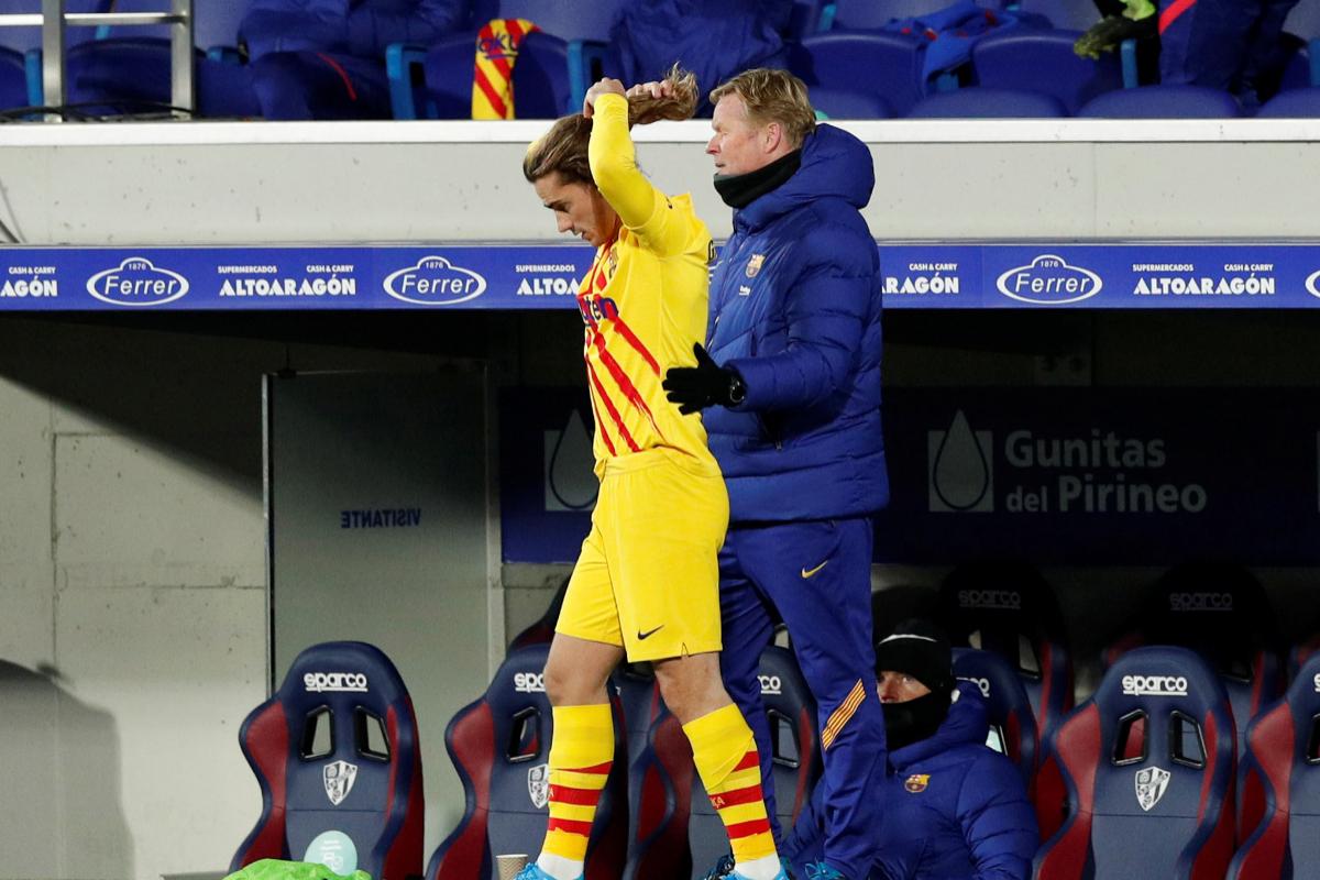 Koeman manda a jugar a Griezmann los últimos nueve minutos frente al Huesca.