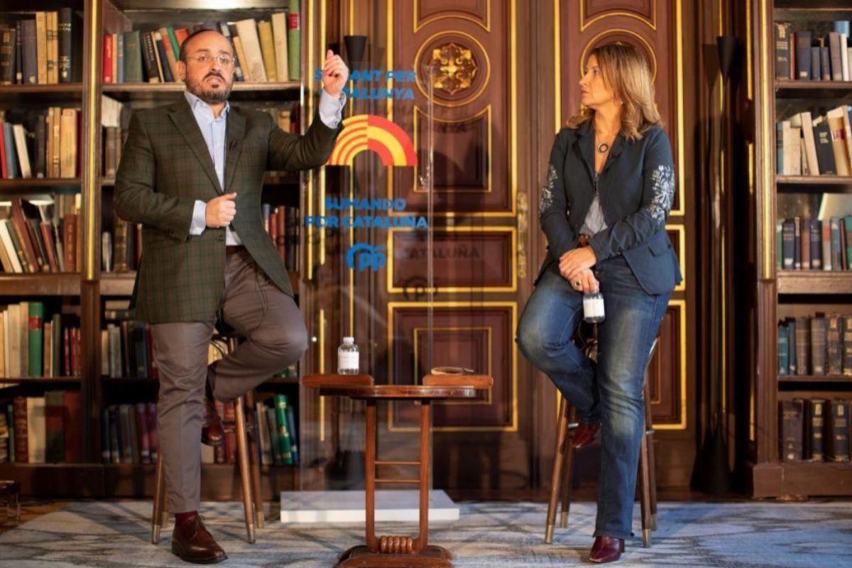 Alejandro Fernández y Eva Parera.