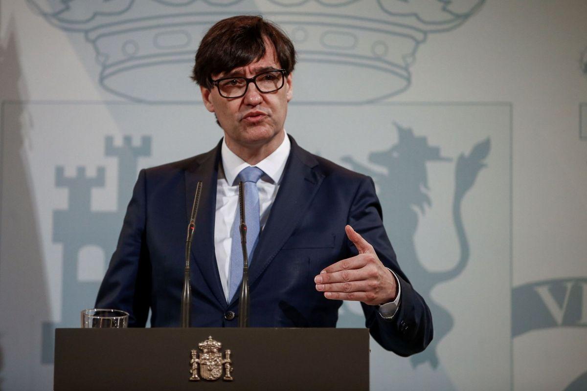 GRAFCAT6748. BARCELONA (ESPAÑA).-El ministro de Sanidad, Salvador lt;HIT gt;Illa lt;/HIT gt;, durante la rueda de prensa que ha ofrecido este jueves en el Delegación del Gobierno de Cataluña en la que ha anunciado que España recibirá en los próximos siete o diez días las primeras dosis de la vacuna de Moderna y la previsión que ha hecho, es que en las próximas semanas se reciban 600.000 dosis.