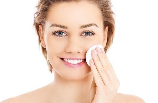 Descubre la nueva gama de higiene facial cleansing solutions de mesoestetic.