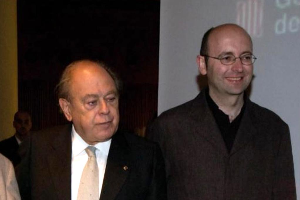 Francis Puig y Jordi Pujol en el premio entregado a la radio local en 2003. ELS PORTS RÀDIO