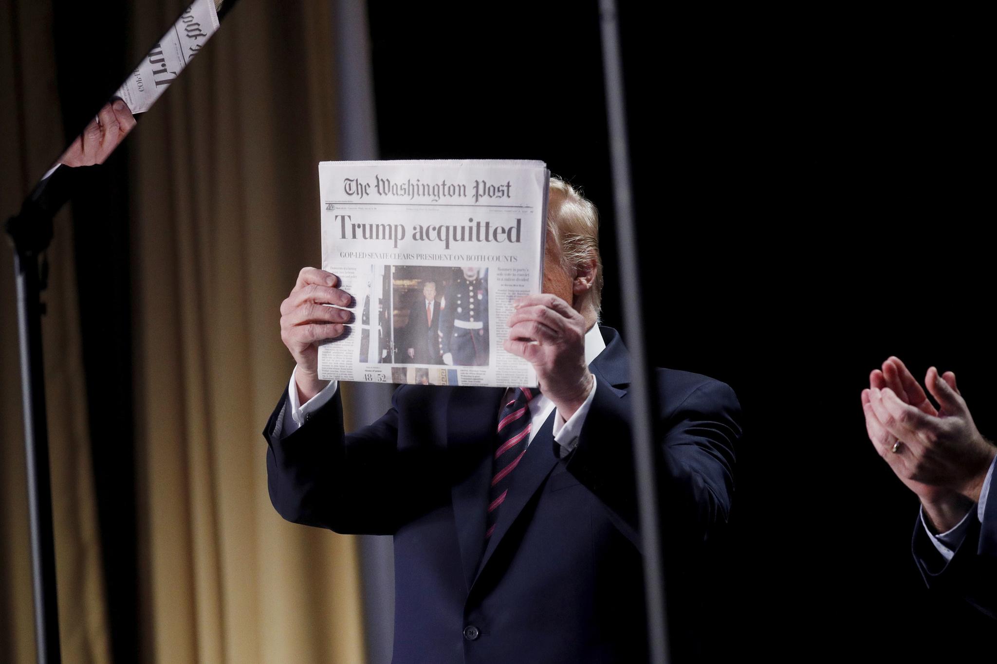 Trump con el 'Washington Post' tras superar el 'impeachment'.