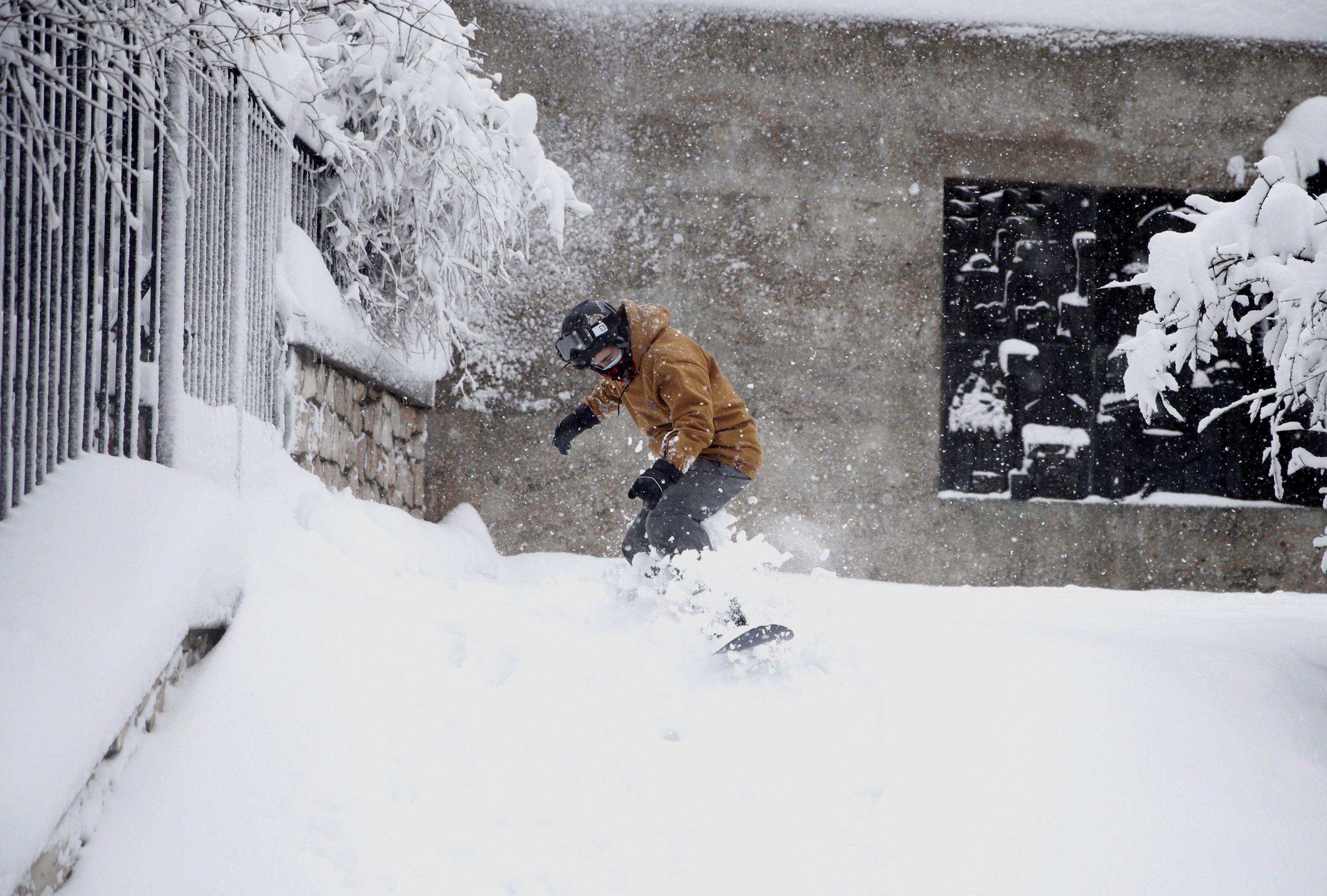 Tabla de snowboard en Madrid.