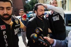 Adnan Oktar detenido en 2018 en Estambul.