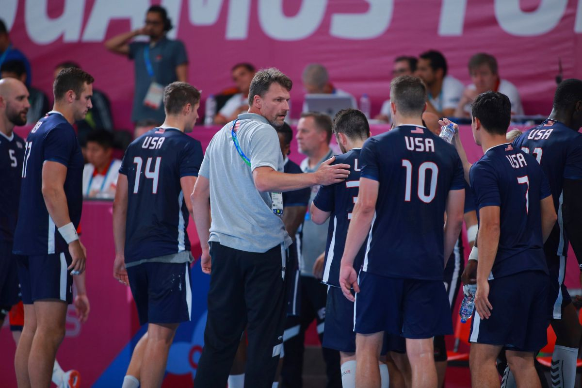 LIMA, PERU - AUGUST 02: Hedin Robert, Head Coach of United States competes during the lt;HIT gt;Handball lt;/HIT gt; Men's Preliminary Round - Group A on Day 7 of Lima 2019 Pan American Games at Sports Center 1 of Villa Deportiva Nacional on August 2, 2019 in Lima, Peru. (Photo by Cesar Gomez/Jam Media/Getty Images)****javier, eduardo, deportes