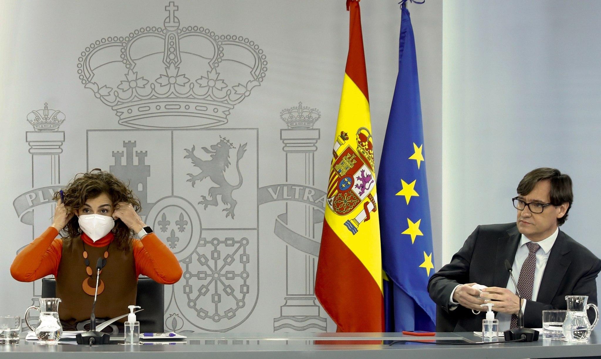 La ministra de Hacienda y Portavoz del Gobierno, María Jesús Montero, comparece ayer tras el Consejo de Ministros.