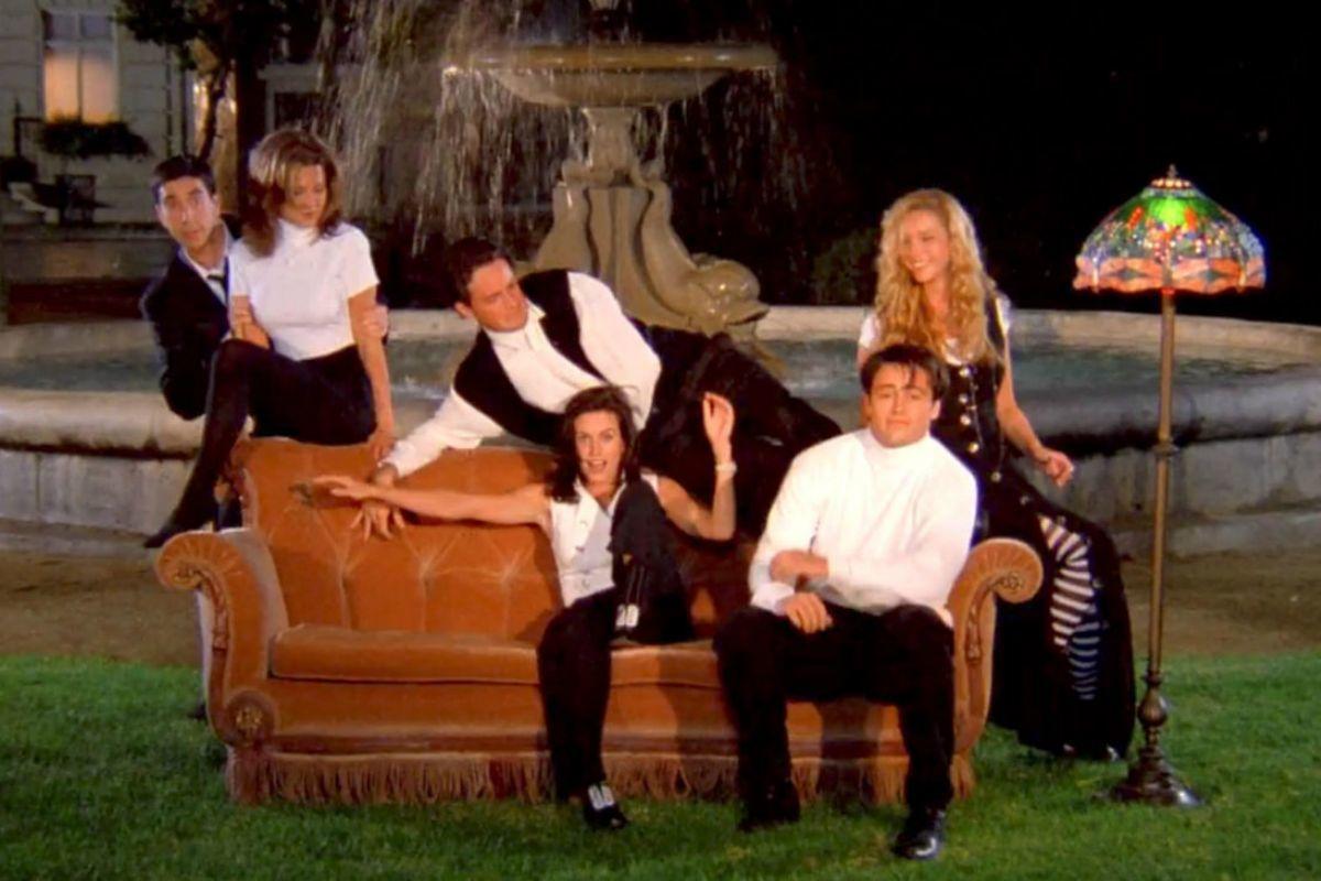 ¿Dónde puedes ver Friends y otras 'sitcoms' icónicas?