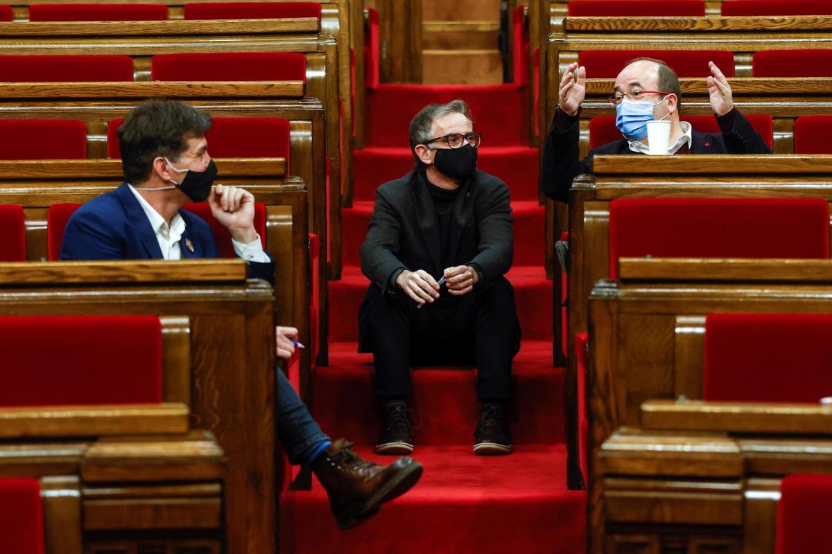 La Junta Electoral advierte de que el retraso de las elecciones catalanas no tiene precedentes y sería impugnable