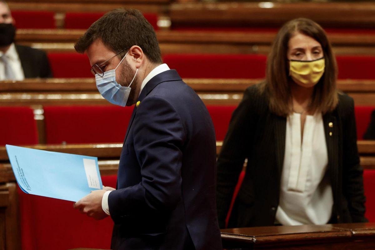 Los informes del Govern para aplazar las elecciones: en febrero puede haber hasta 9.000 contagios diarios de Covid-19 en Cataluña
