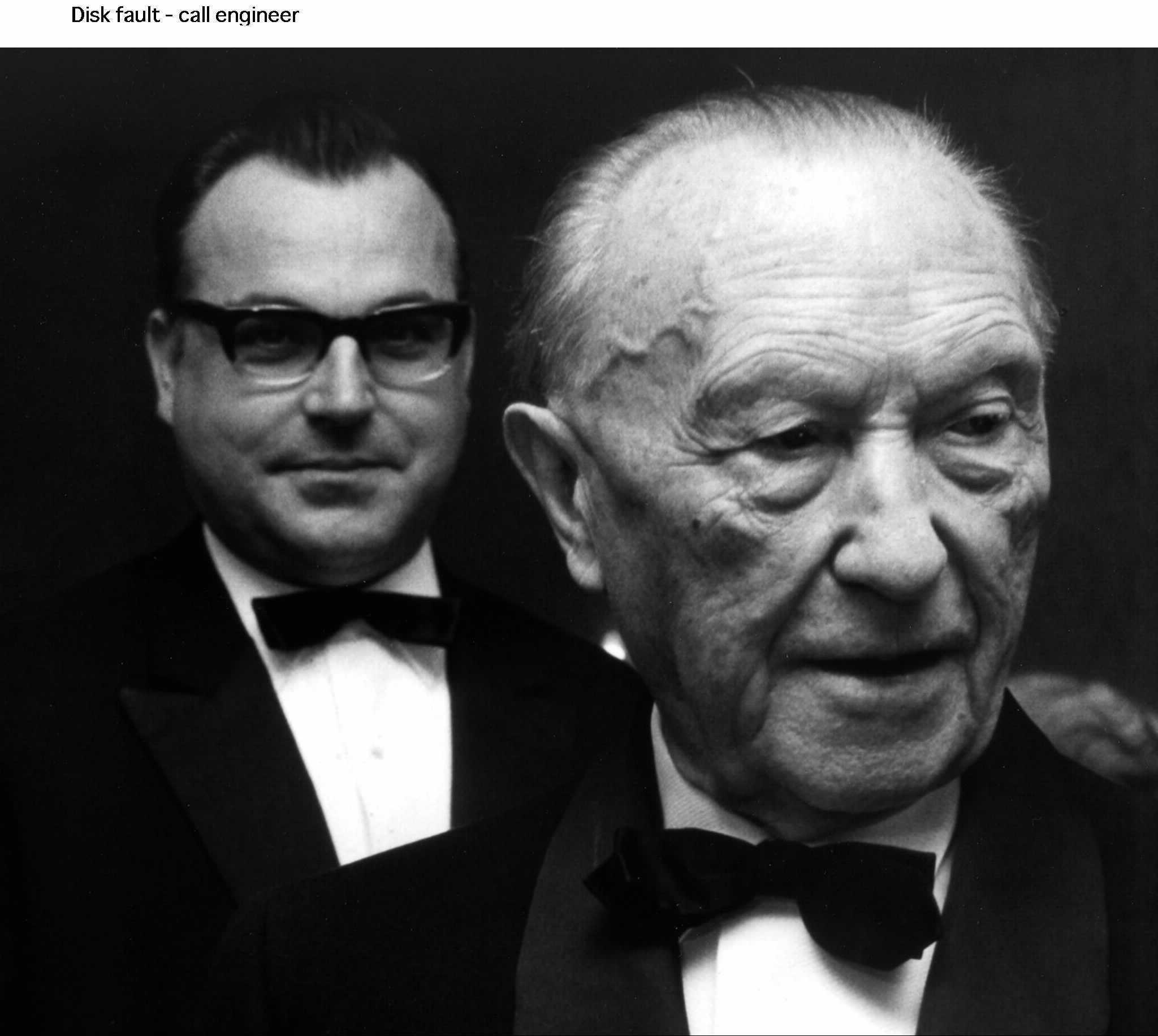 Konrad Adenauer ، در پیش زمینه ، در یک تصویر پرونده.