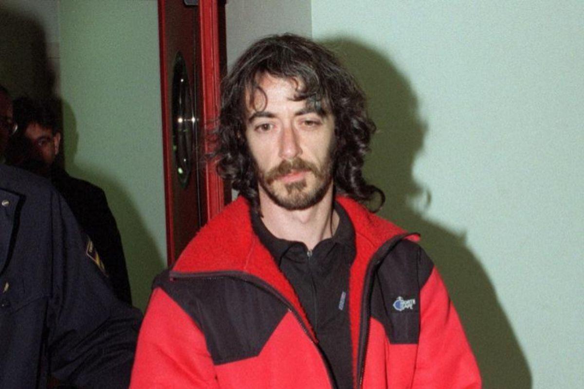 Ignacio Etxeberría Martín, alias 'Mortadelo', cuando fue trasladado desde Francia en 2001.