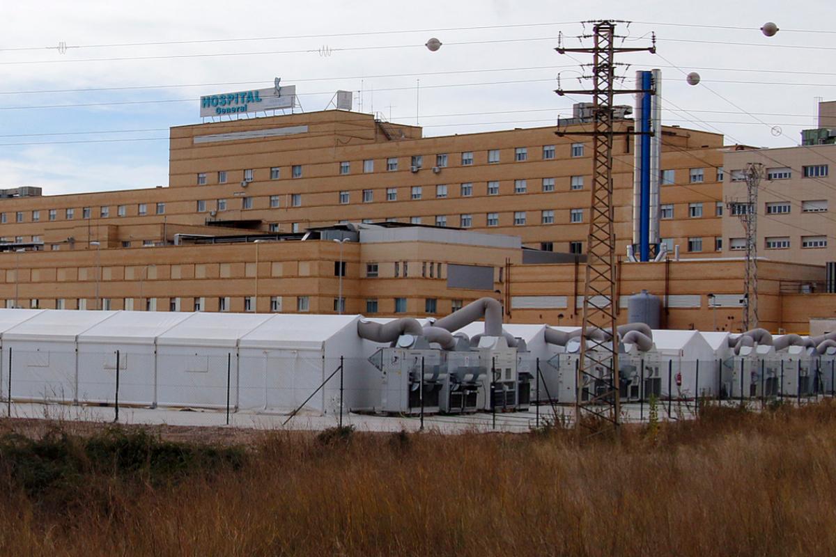 El hospital de campaña está ubicado junto a Urgencias del Hospital General de Castellón.