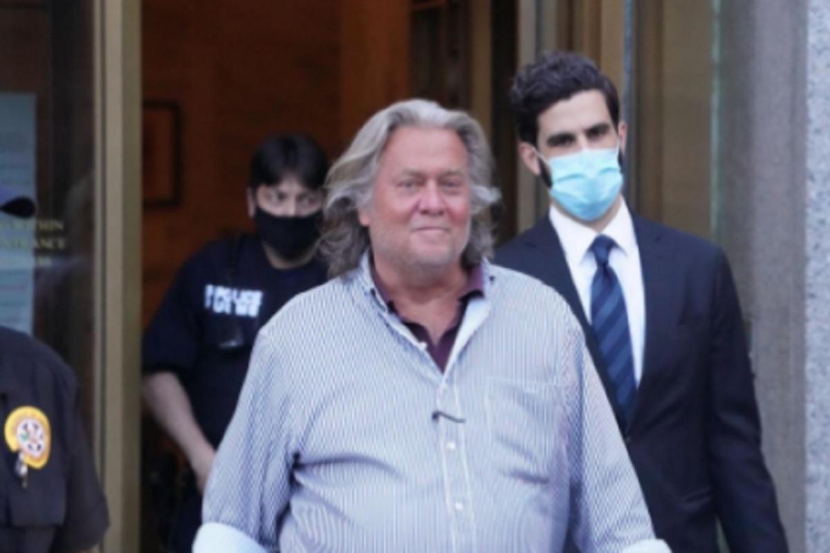 Donald Trump incluye a su ex asesor Steve Bannon entre sus 73 indultos