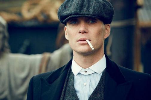 Cillian Murphy, un mafioso de principios de siglo XX en 'Peaky Blinders'.