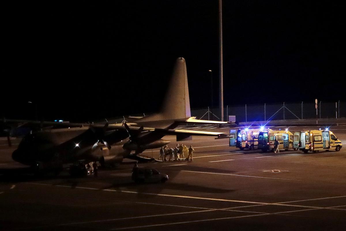 Traslado de pacientes desde Lisboa en avión hasta el aeropuerto Cristiano Ronaldo en Funchal (isla de Madeira) para descongestionar los hospitales de la capital y su toda región.