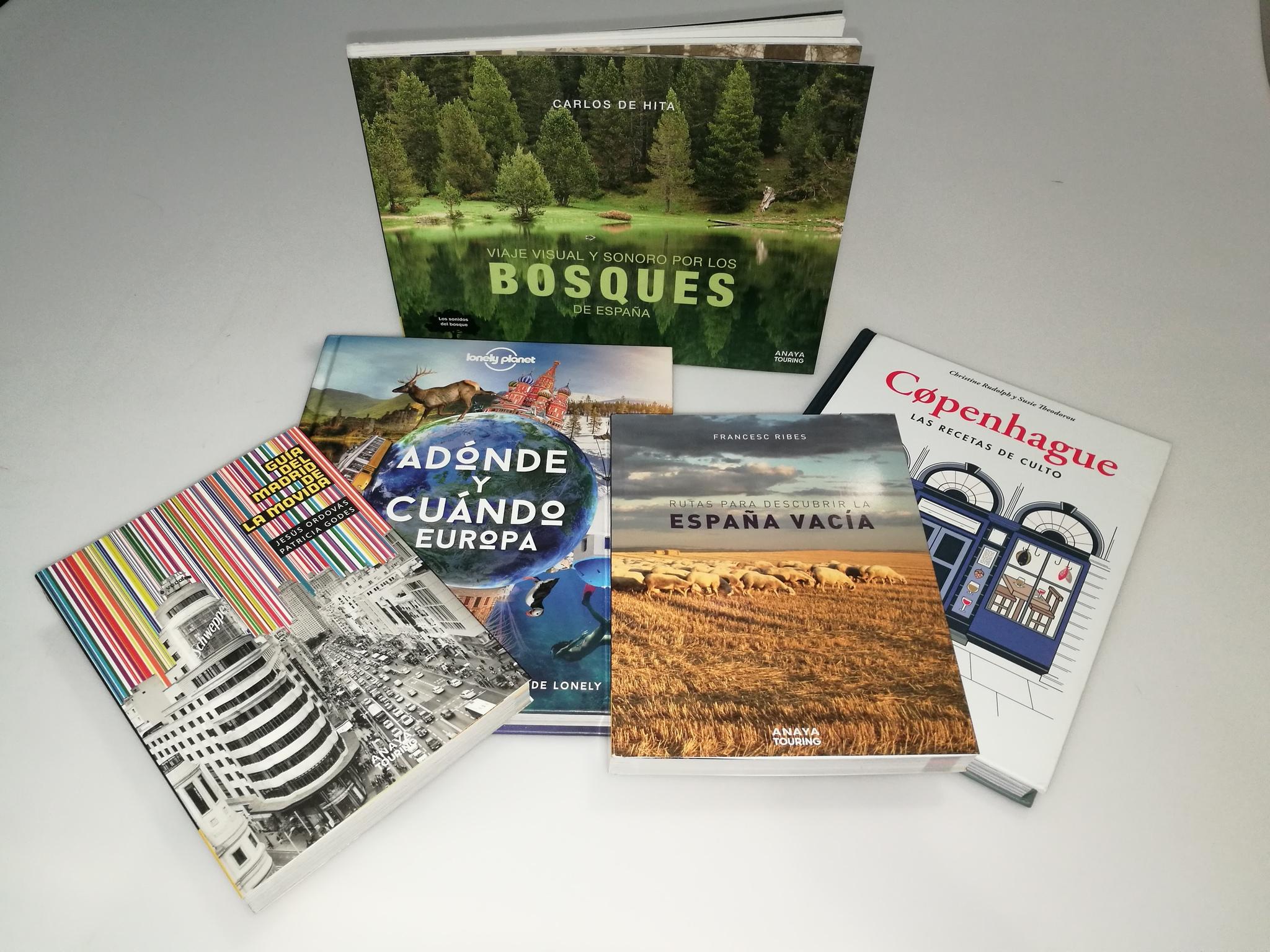 VIAJES regalará un lote de libros y guías a la fotografía más original.