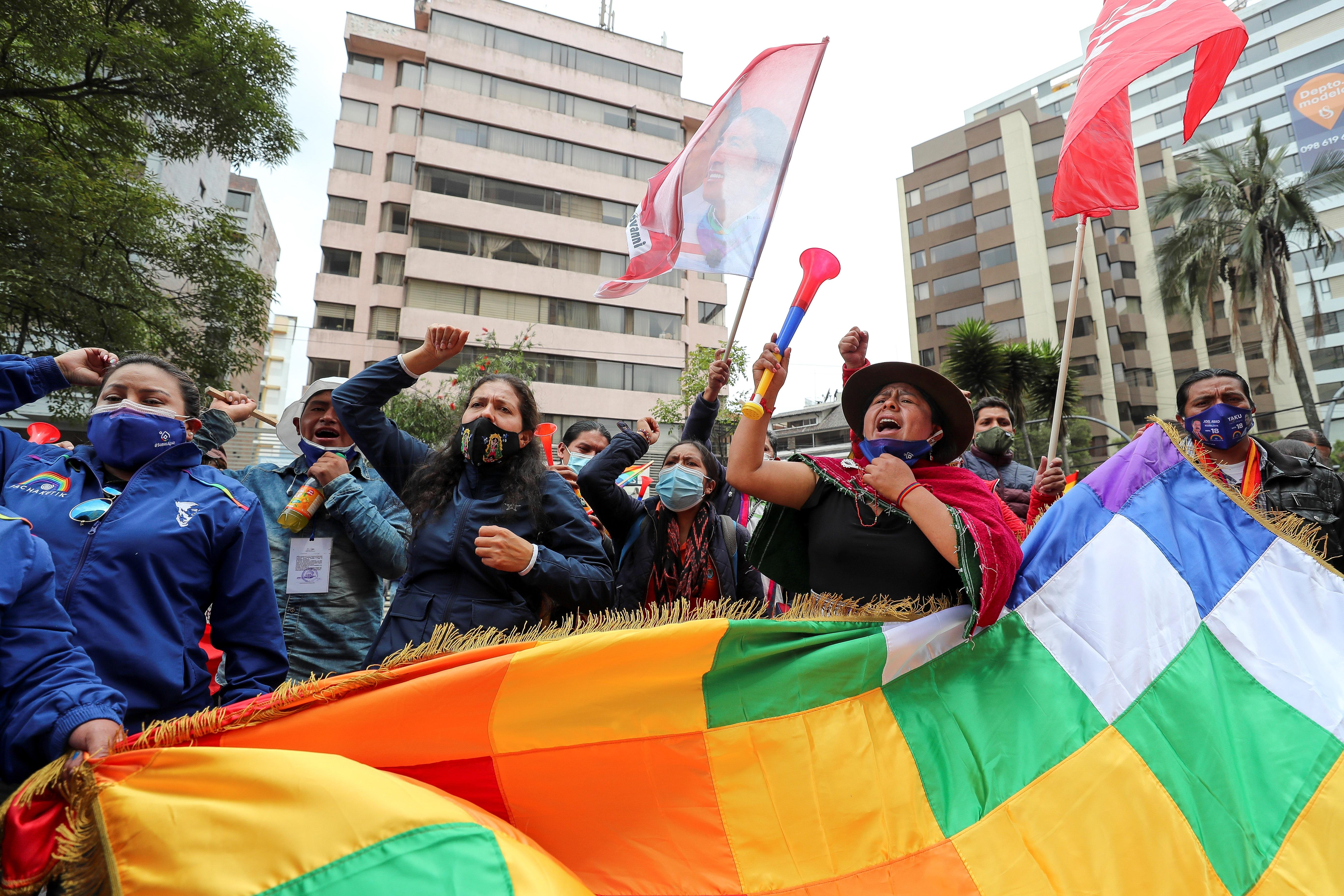 Simpatizantes de Yaku Pérez, en Quito.