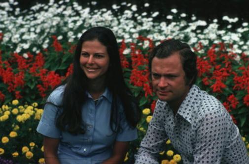 Con su entonces prometida, la germano brasileña Silvia Sommerlath. Se casaron en 1979.