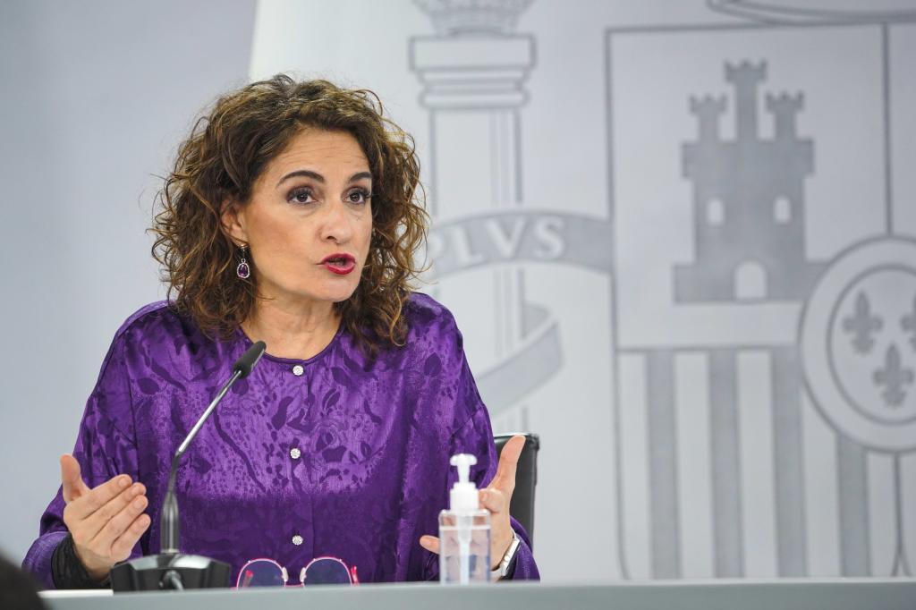 María Jesús Montero, ayer en la rueda de prensa.