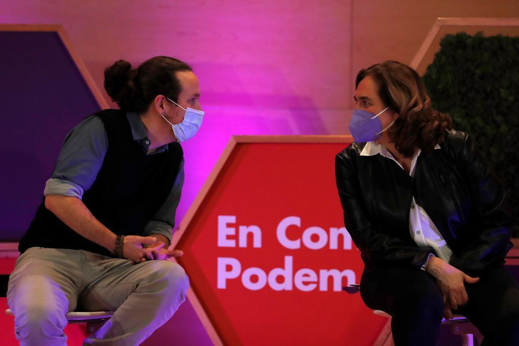 Pablo Igleias y Ada Colau, en un acto de campaña.