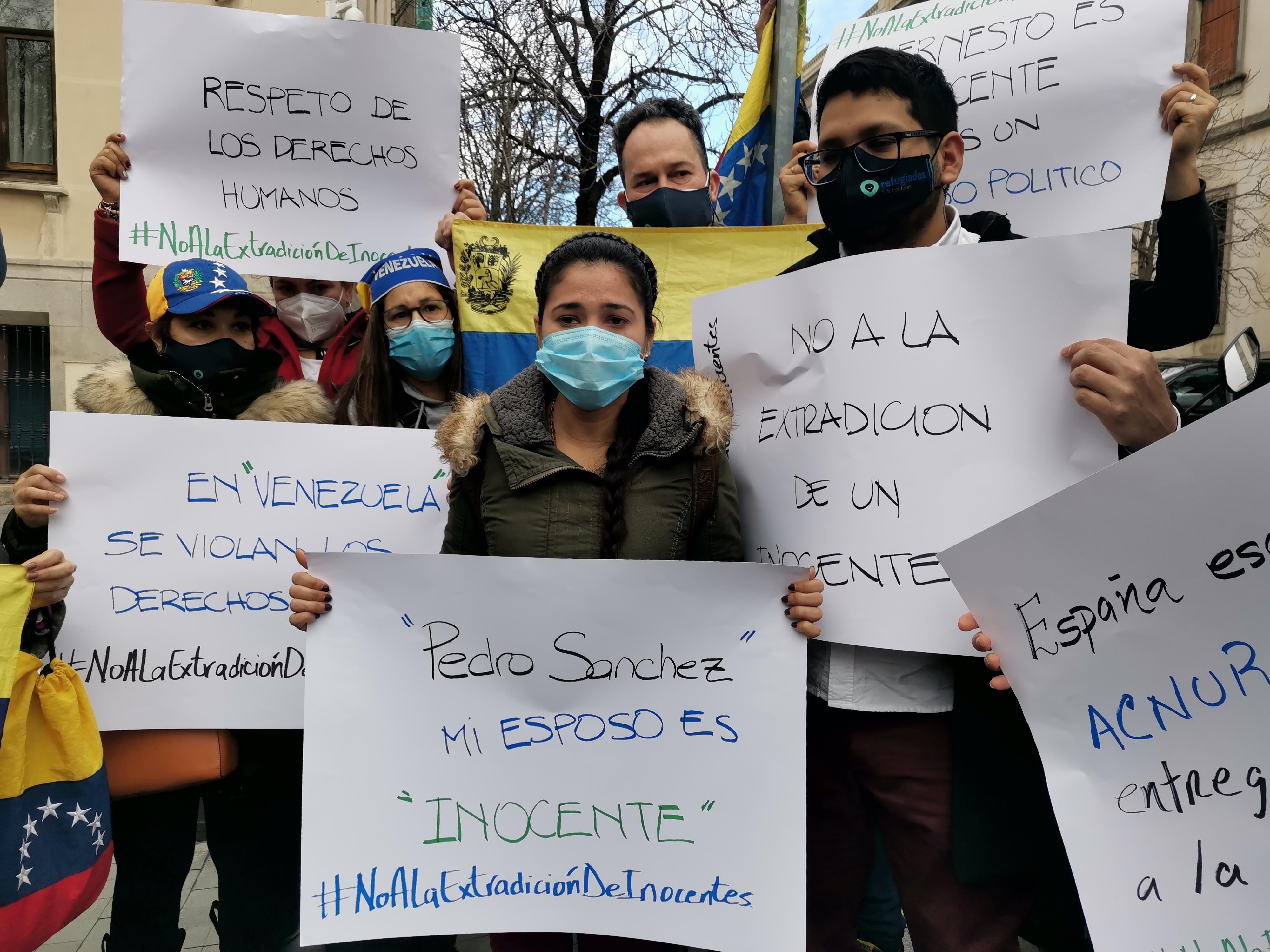 La mujer de Quintero, Cismary Marcano, en la protesta de hoy.